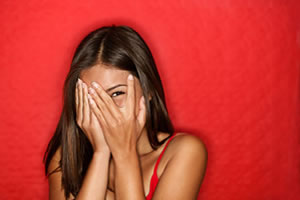 Soy tímida: cómo puedo seducir y coquetear