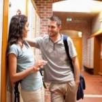 Coquetear: tips y consejos para seducir a un hombre