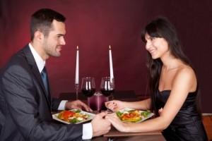 Como hacer una cena romantica en casa: preparar, ideas, menú